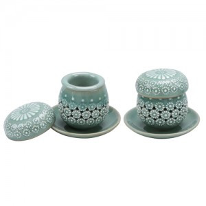 Celadon tea cup set (Design: Chrysanthemum)
