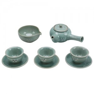 Celadon Tea set for 3 people(Design: Chrysanthemum)