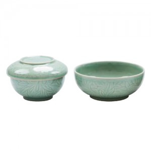 Bowl Set with Korean Arabesque Pattern