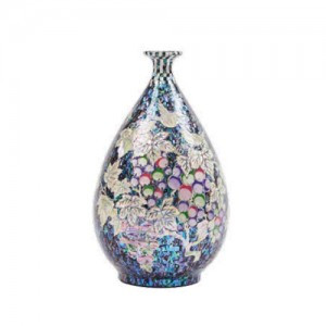 Mother of Pearl Vase (Grape)