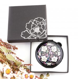 Mother-of-pearl hand mirror