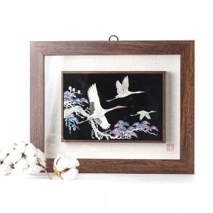 Wooden mother frame picture (middle)