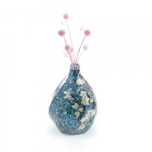 In a grape vase